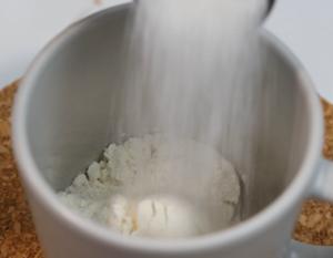 nutella lave mug cake