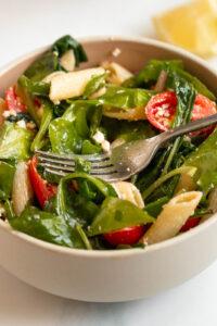 Spinach pasta salad feta