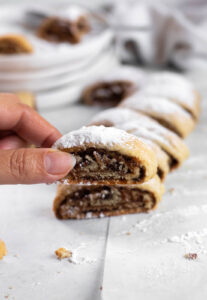 date and walnut cookies