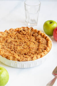 apple crumble pie with oats