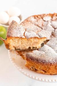 apple sharlotka cake