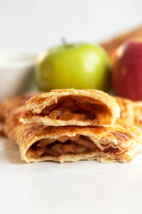 apple turnovers with cresent rolls