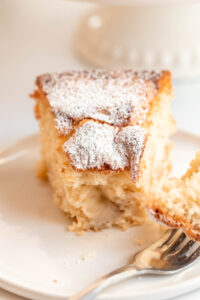 easy apple cake with fresh apples