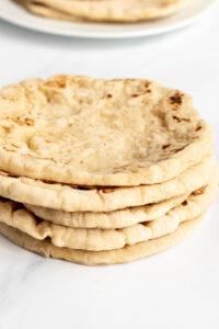 greek pita sandwich